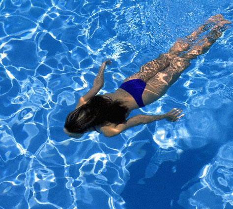 A quick guide on how to clean and maintain swimming pools How to maintain swimming pool water